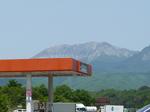 中国道にて、蒜山高原・大山の裏側を望む